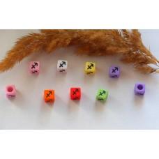 Бусины квадратные цветные со знаками зодиака. Стрелец