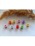 Бусины квадратные цветные со знаками зодиака. Лев