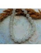 Бусины каменные нефрит белые полупрозрачные 10 мм