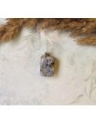Полудрагоценный камень с бейлом. Яшма