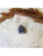Полудрагоценный камень с бейлом. Далматин