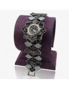 Часы наручные с эмалью Ромбы