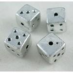 Бусины пластиковые Кубик 8 мм