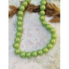 Бусины стеклянные светло-зеленые с перламутровым эффектом 10 мм