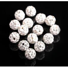 Бусины из полимерной глины со стеклянными стразами белые 10 мм
