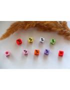 Бусины квадратные цветные со знаками зодиака. Козерог