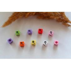 Бусины квадратные цветные со знаками зодиака. Скорпион