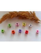 Бусины квадратные цветные со знаками зодиака. Дева