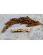 Деревянные бусины буквы