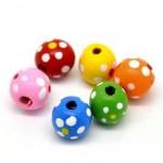 Бусины деревянные круглые в крапинку разноцветные 10 мм. 10 шт