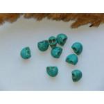 Бусины каменные говлит череп 10*9 мм голубые