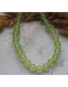 Бусины каменные нефрит (жадеит) светло-зеленые полупрозрачные 8 мм