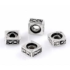 Бусины металлические квадратные 5 мм. Цвет черненое серебро