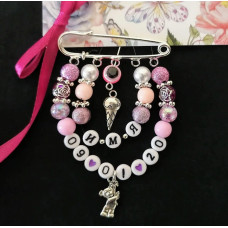 Набор для создания розовой именной булавки с датой рождения