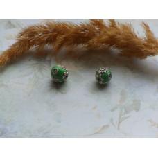 Бусины керамические зеленые. 10 мм