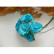Гвоздики из прессованной бумаги голубые