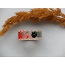 Декоративный скотч с черно-красной клубникой